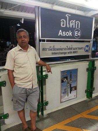 Baan Sukhumvit Inn Soi 18: ASOK BTS Station