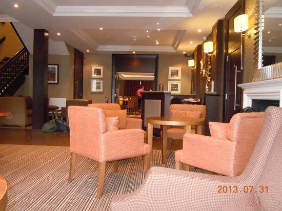 Cruachan Hotel : ホテルフロント