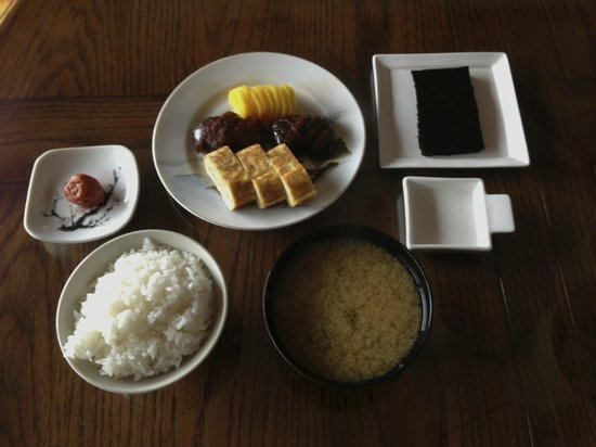 Berkshires Shirakaba Guest House : Japanese breakfast