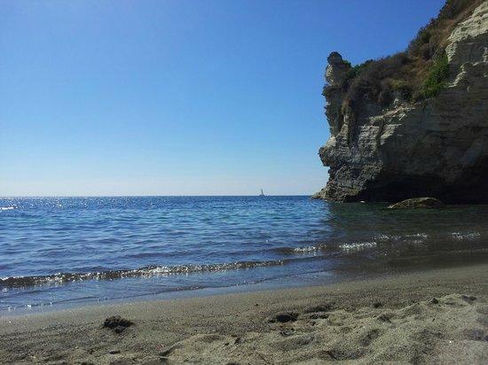 Cava Grado Beach : Cava Grado - spiaggia