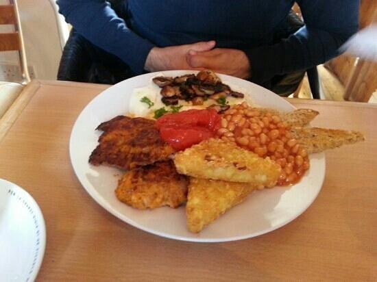 The Secret Garden Cafe: Vergitarian Breakfast.  Handmade vegi pates and Hash brown.