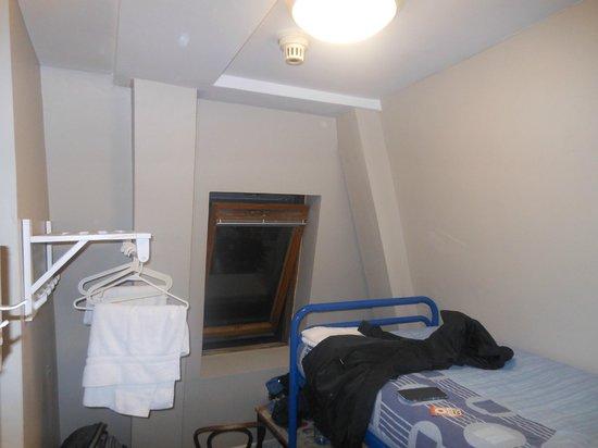 Avalon House: Private room