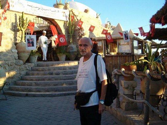 Sidi Bouhdid: Paolo all'ingresso dalla parte del mare