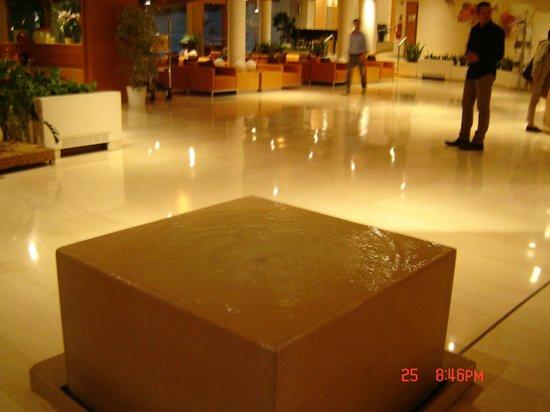 Grand Hotel Terme di Comano: parte della hall