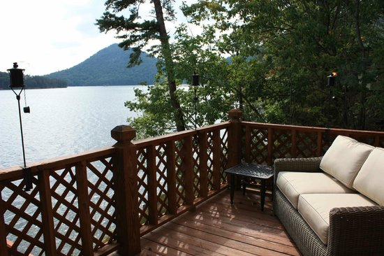 Lake Ocoee Inn & Marina: Cabin 7 Deck