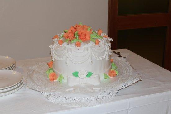Hotel la Bussola: Wedding Cake!
