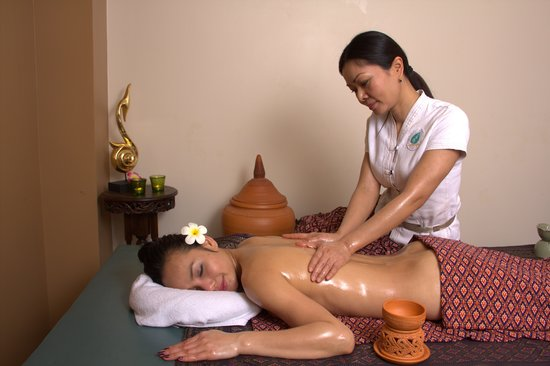 Ayada Spa: Massage aux huiles aromatiques