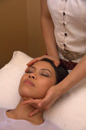 Ayada Spa: Massage du visage