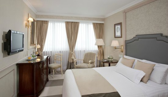 Melia  Castilla: Deluxe The Level Room
