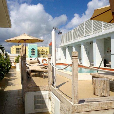 Sense Beach House: rooftop pool