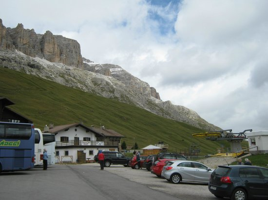 Hotel Maximilian: Passo Pordoi - Stop off area