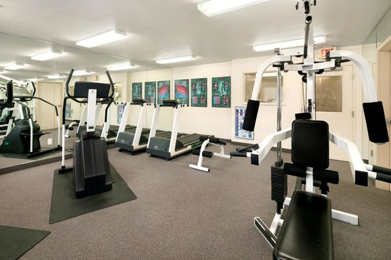 Days Inn & Suites Green Bay WI.: Fitness Center