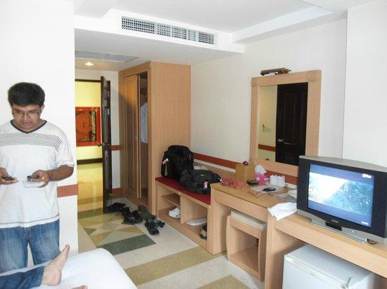The Ecotel Bangkok: Room
