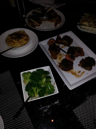 Red, the Steakhouse - South Beach : Meat platter, fresh broccoli