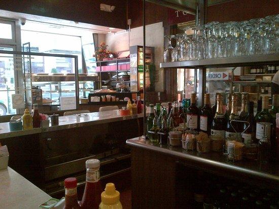 David's Delicatessen & Restaurant : Counter View 1