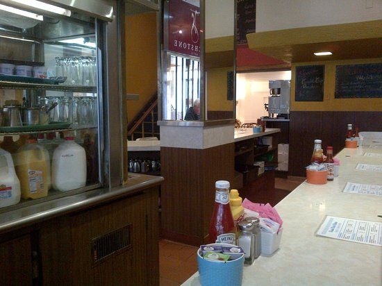 David's Delicatessen & Restaurant : Counter View 2