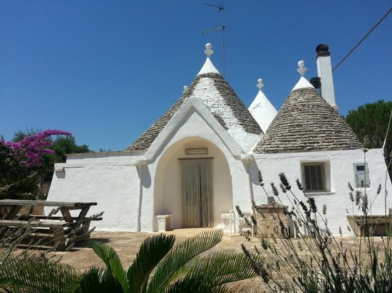 Martina Franca, Italy: trullo Argese valle d'Itria