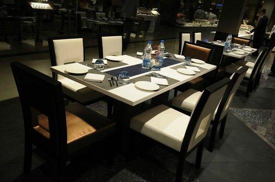 The Lobby Cafe: Tables 1