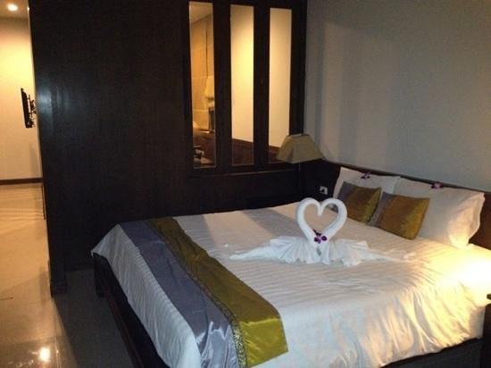 Baan Karonburi Resort: chambre deluxe