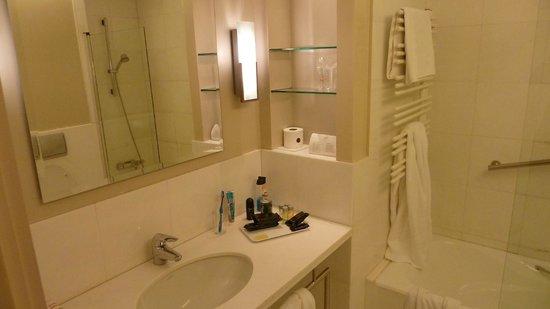 Hotel Ercilla : Badezimmer
