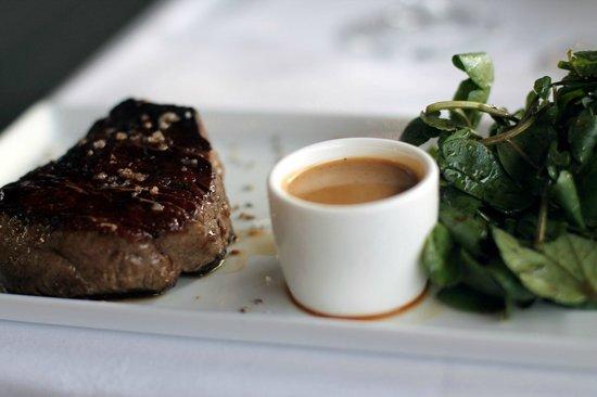La Plage Parisienne: meat