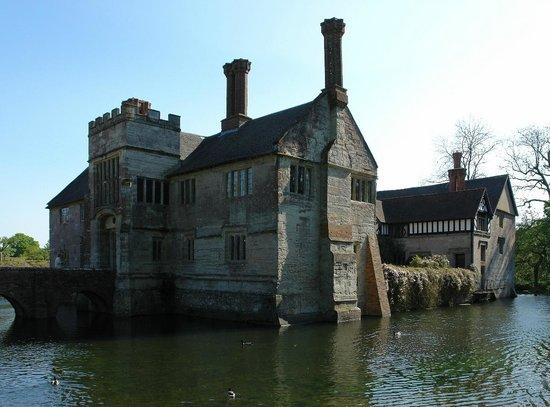 Baddesley Clinton: View across moat