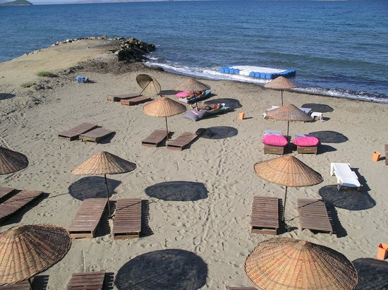 Aydem Hotel: private beach