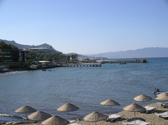 Aydem Beach Hotel: hotel to Turgetries centre