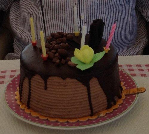 Dilhayat Kalfa Hotel: Geburtstagsüberraschung
