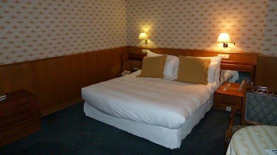 Hotel Eurostars Araguaney: Schlafzimmer