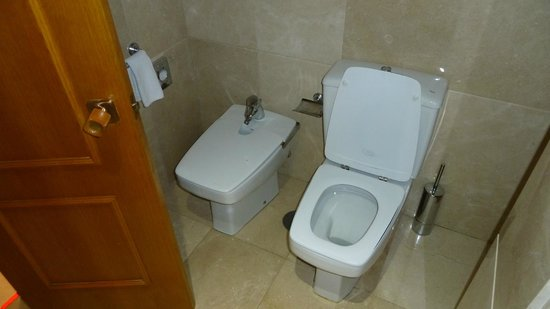 Hotel Eurostars Araguaney: WC mit Bidet