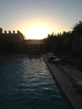 Coco Canel : Le beau coucher du soleil