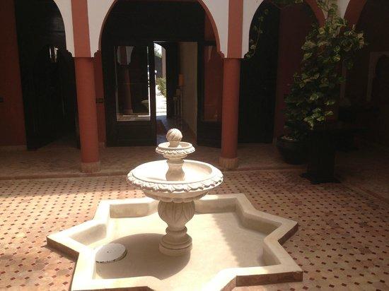 Coco Canel : On dirait Palais Alhambra