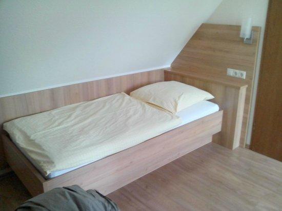 Hotel Thuenenhof: Letto