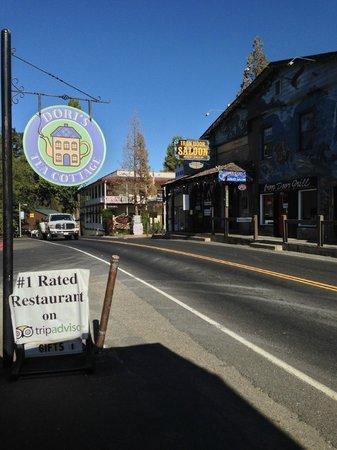Dori's Tea Cottage & Cafe: Tripadvisor rocks
