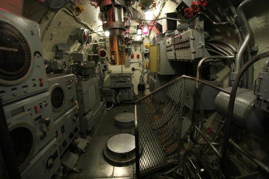 Battleship USS ALABAMA: Interior Of Submarine USS Drum