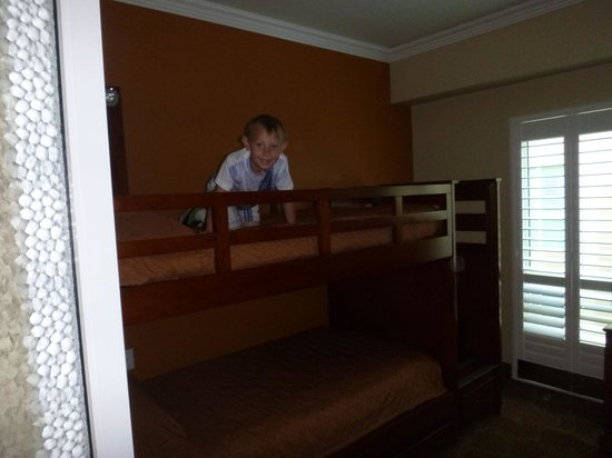 Desert Palms Hotel & Suites: Great bunk bed