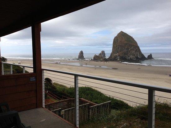 Hallmark Resort & Spa Cannon Beach : Ocean front balcony