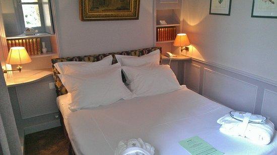 Le Vieux Logis : Comfortable bedroom