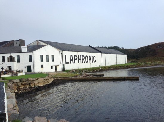 how to get to laphroaig distillery