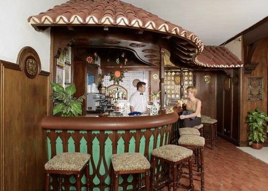 Casa del Sol: Bar Hall