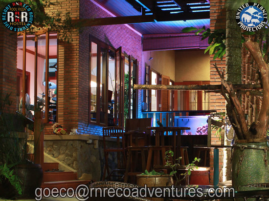 RNR Eco Adventures Pool Villa Resort & Hostel: Beautiful by Night