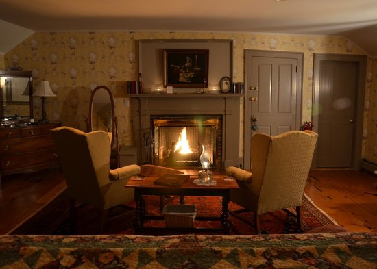 Rabbit Hill Inn : Music Room