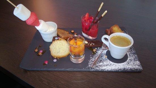 La Cuillere a Omble Cafe Restaurant: café très gourmand