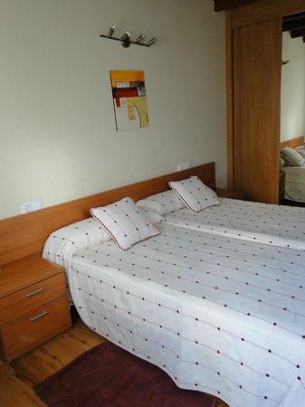 Porto de Rinlo: gemütliches Zimmer