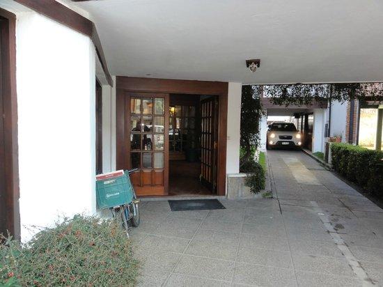 Hotel Del Viejo Esquiador: entrada