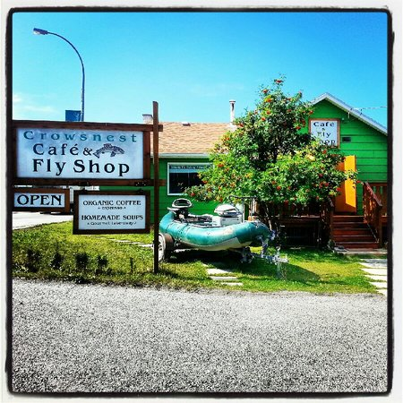 Crowsnest Cafe and Fly Shop: summer