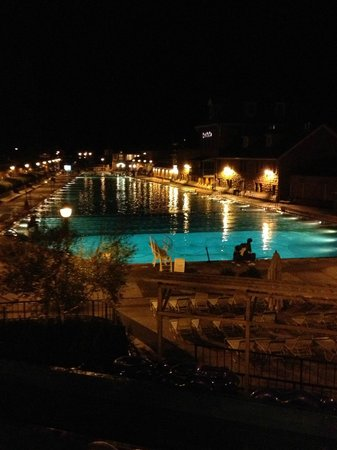 Glenwood Springs Inn: Hot Springs pool a few blocks from this motel