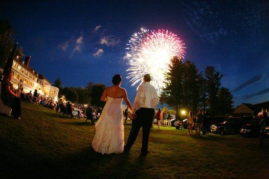 The Millbrook Tavern & Grille The Bethel Inn Resort: Wedding celebrations, family gatherings, birthday/anniversary celebrations at The Inn