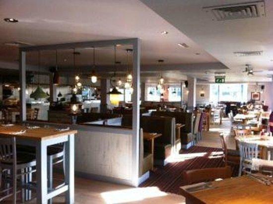 Beefeater Burton on Trent: Interior photo